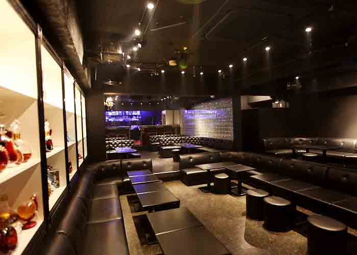 新宿歌舞伎町ホストクラブ アイデンティティーノイズ1